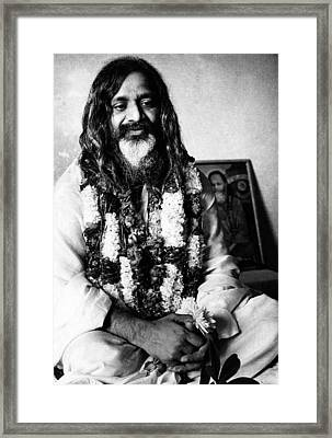 Maharishi Mahesh Yogi, New Delhi Framed Print by Everett