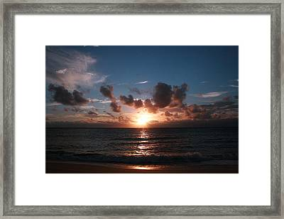 Ma'ili Sunset Framed Print