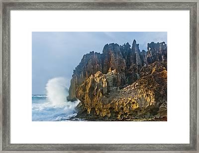 Makawehi Surf Framed Print by Thorsten Scheuermann