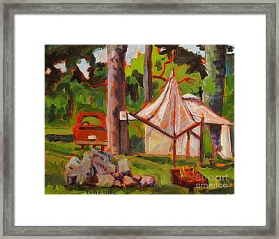 Making Camp At Flint Ridge Framed Print by Charlie Spear