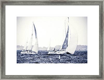 Making The Turn Framed Print by Alan Hausenflock