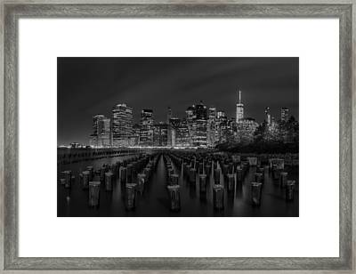 Manhattan And The Brooklyn Pileons In Black And White Framed Print by Andres Leon