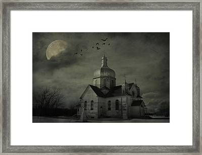 Mannerisms Of Midnight  Framed Print by JC Photography and Art