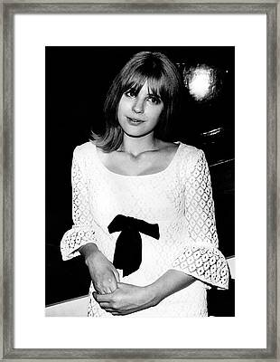 Framed Print featuring the photograph Marianne Faithfull 1964 No 2 by Chris Walter