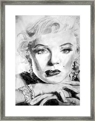 Marilyn In Pose Framed Print by Laura Seed