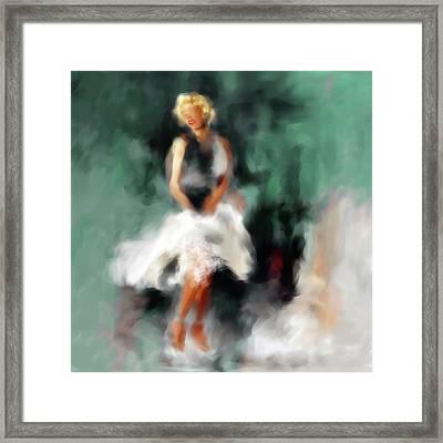 Marilyn Monroe 547 2 Framed Print by Mawra Tahreem