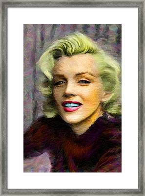 Marilyn Monroe Framed Print by Caito Junqueira