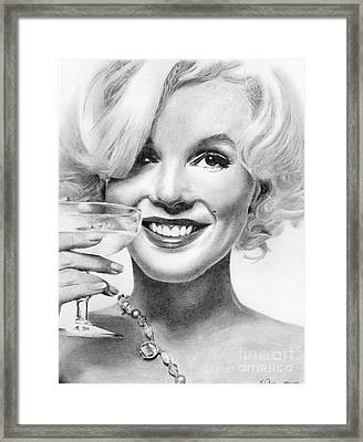 Marilyn Monroe Framed Print by Karen  Townsend