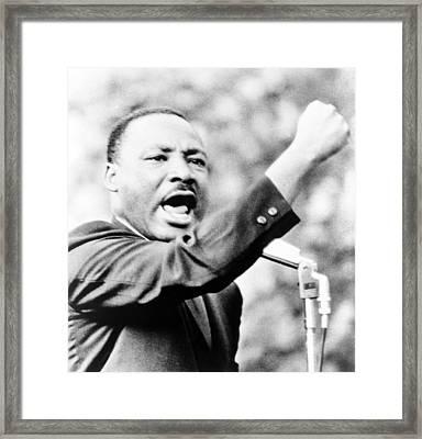 Martin Luther King, Jr., Gesturing Framed Print by Everett