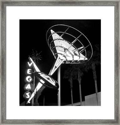 Martini Sign In Vegas B-w Framed Print