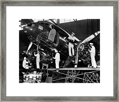 Mechanics Give A United Airlines Framed Print by Everett