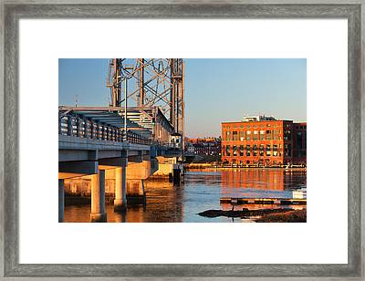 Memorial Bridge At Sunrise Framed Print by Eric Gendron