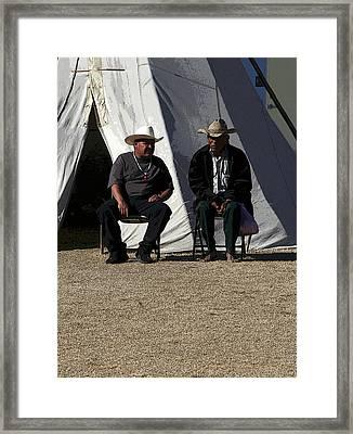 Men Talking Framed Print by Joe Kozlowski
