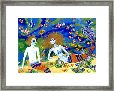 Mer Quarrel Framed Print by Sushila Burgess