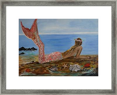 Mermaid Beauty Framed Print by Leslie Allen