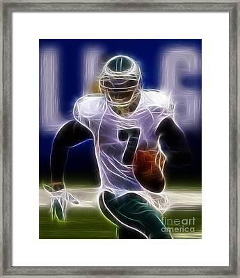Michael Vick - Philadelphia Eagles Quarterback Framed Print by Paul Ward