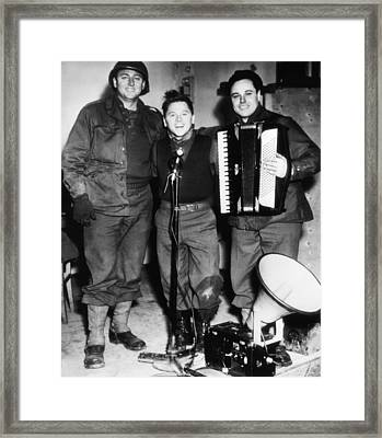 Mickey Rooney Center, Entertains Troops Framed Print