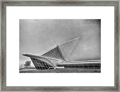 Framed Print featuring the photograph Milwaukee Museum Of Art Special 2 by David Haskett