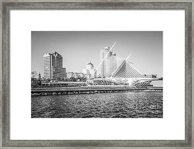 Milwaukee Skyline Photo In Black And White Framed Print