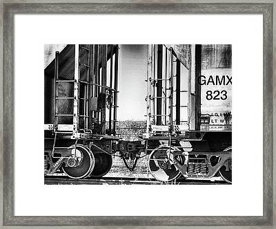 Framed Print featuring the photograph Minding The Gap by Wendy J St Christopher