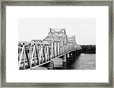 Mississippi River Bridge - Vicksburg, Ms. Bw Framed Print