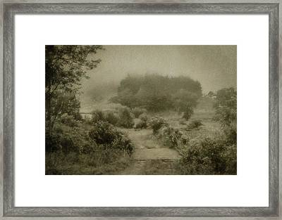 Misty Morning In The Valley Framed Print by John Kimball