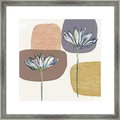 Modern Fall Floral 1- Art By Linda Woods Framed Print