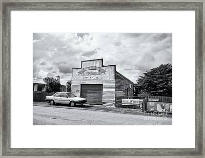 Monegeetta Produce Store Framed Print by Linda Lees