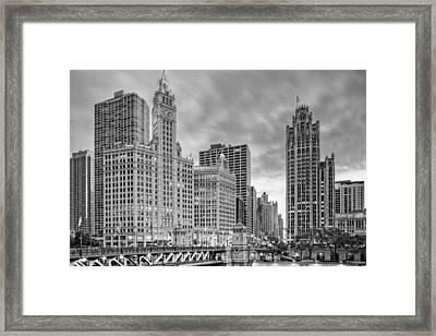 Monochrome Wrigley And Chicago Tribune Buildings - Michigan Avenue Dusable Bridge Chicago Illinois Framed Print