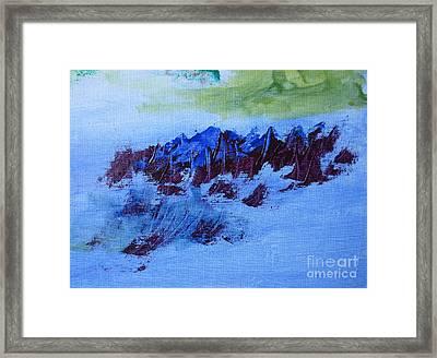 Montagnes Flottantes / Floating Mountains Framed Print