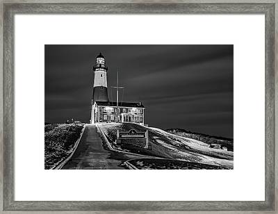 Framed Print featuring the photograph Montauk Point Lighthouse Bw by Susan Candelario