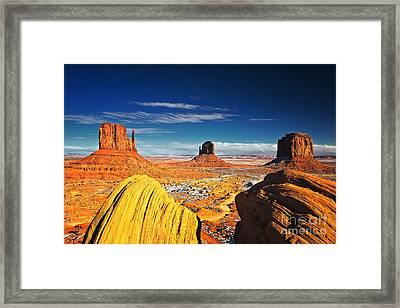 Monument Valley Mittens Utah Usa Framed Print by Sam Antonio