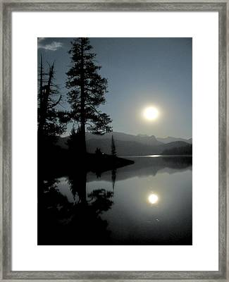 Framed Print featuring the photograph Moonrise At Edison by Larry Darnell