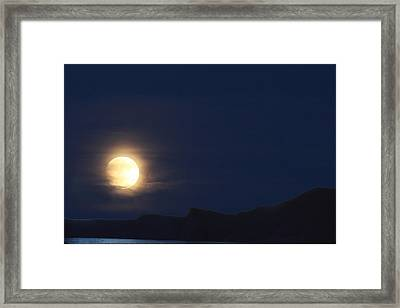Framed Print featuring the photograph Moonrise On Lake Mead 2 by Marie Leslie