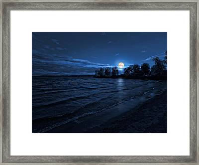 Moonrise On The Beach Framed Print