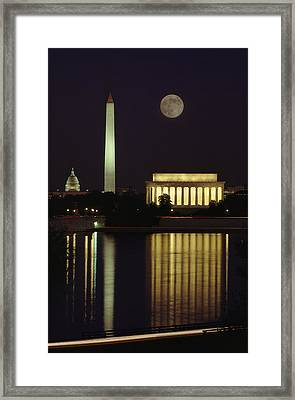 Moonrise Over The Lincoln Memorial Framed Print by Richard Nowitz