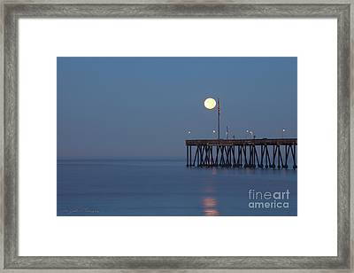 Framed Print featuring the photograph Moonset At The Ventura Pier by John A Rodriguez