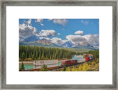 Framed Print featuring the photograph Morant's Curve 2009 04 by Jim Dollar