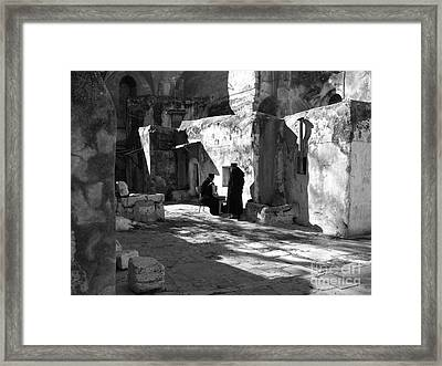 Morning Conversation In Bw Framed Print