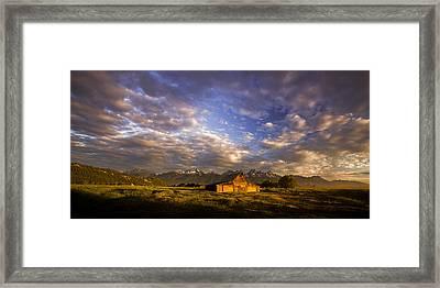 Morning Drama Framed Print by Andrew Soundarajan