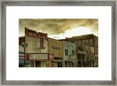 Framed Print featuring the photograph Morning Henn by Greg Mimbs