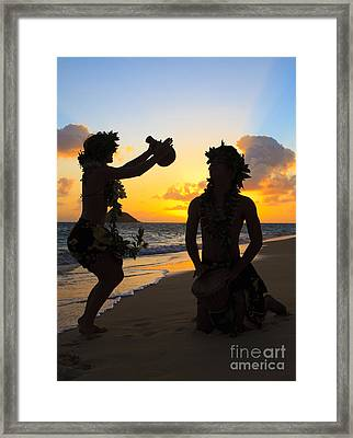 Morning Hula Silhouettes Framed Print by Tomas del Amo - Printscapes