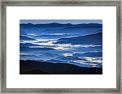 Morning Mist In The Smokies Framed Print by Rick Berk