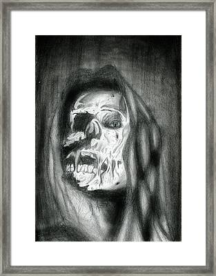 Mortelle Les Yeux Framed Print