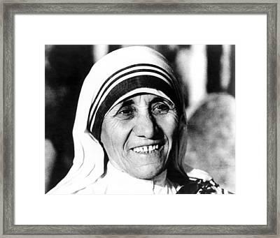 Mother Teresa, Circa 1979 Framed Print by Everett