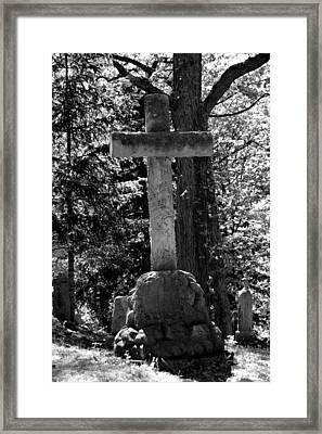 Mount Hope Cross Framed Print by Richard Jenkins