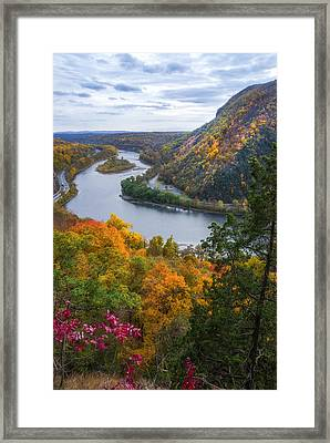 Framed Print featuring the photograph Mount Minsi 2 by Mark Papke