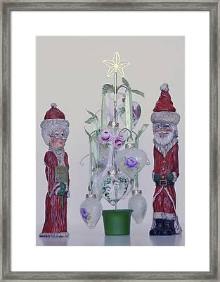 Mr. And Mrs. Santa Claus Framed Print by Quwatha Valentine