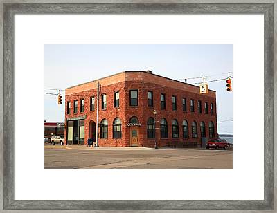 Munising Michigan City Hall Framed Print by Frank Romeo