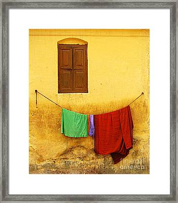 Mysore Wall Framed Print by Derek Selander